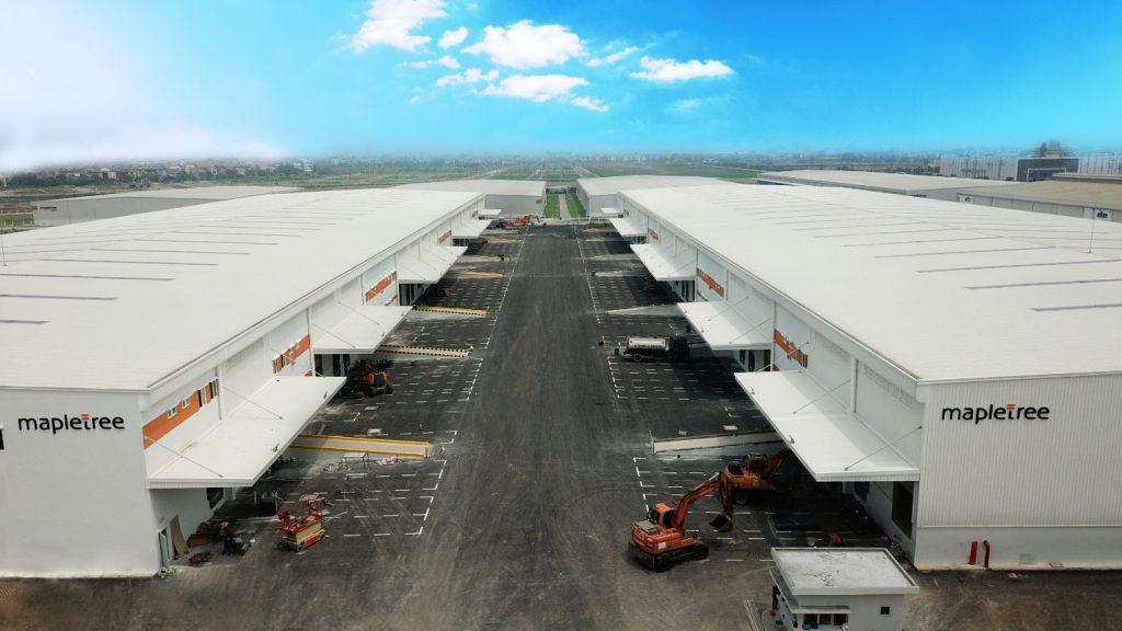 Trung tâm logistics Mapletree Bắc Ninh bao gồm 3 khối nhà kho đơn tầng hạng A ứng dụng giải pháp thép từ Bluescope Lysaght với vật liệu tôn Colorbond