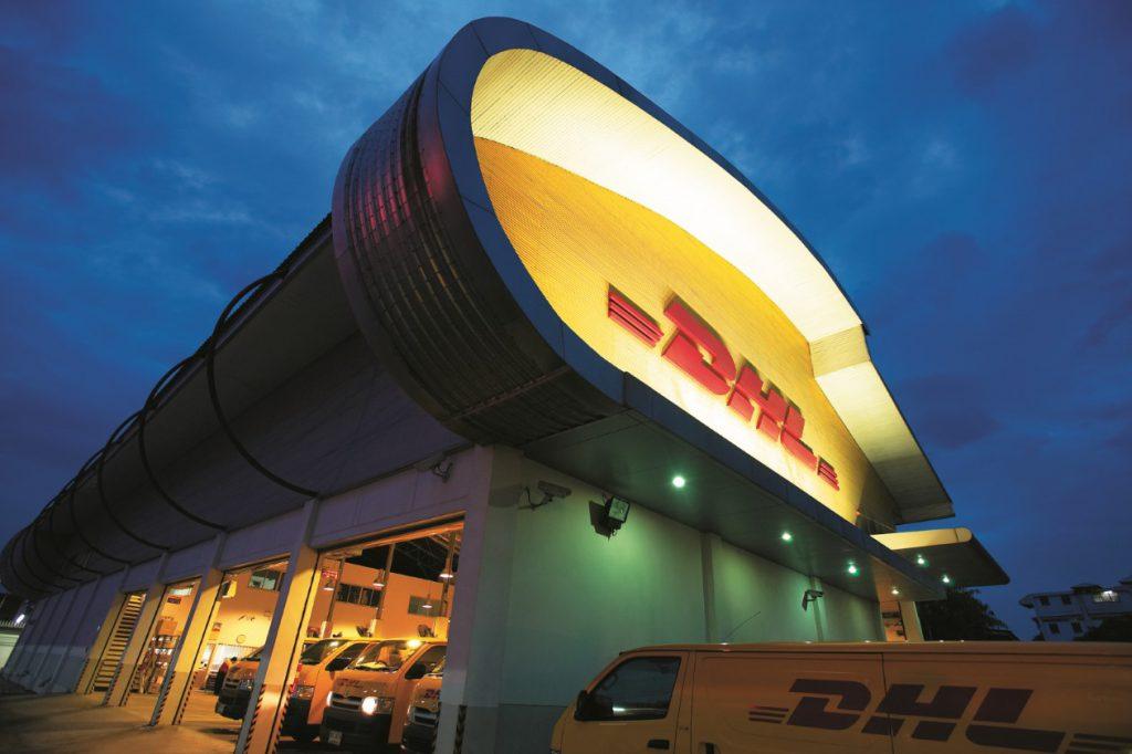 Nhà kho DHL tại Thái Lan có phần mái vòm cong độc đáo